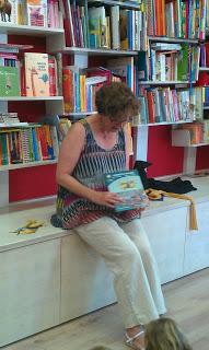 Cuentacuentos-taller en la librería el Lobo Feroz