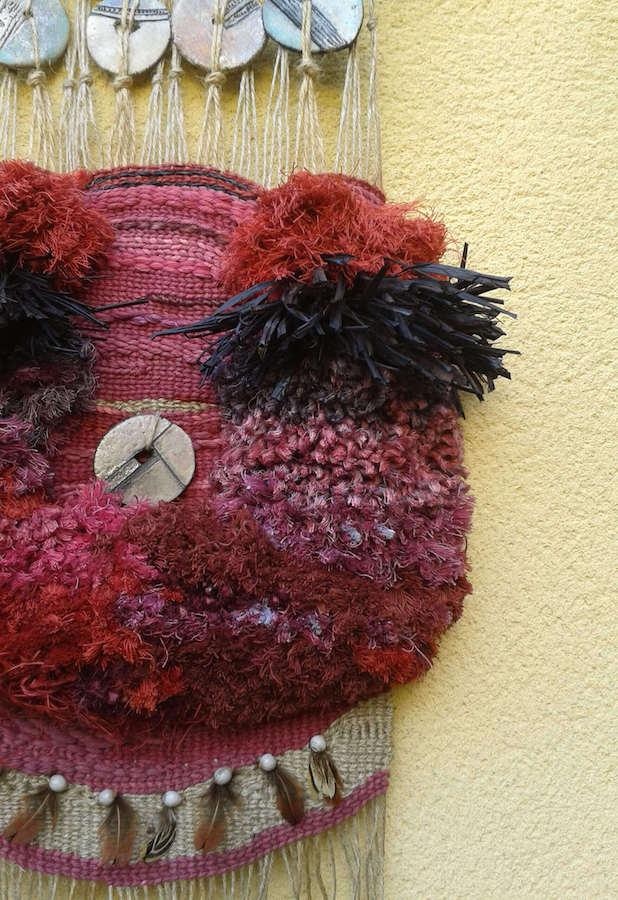 tapiz rojo detalle