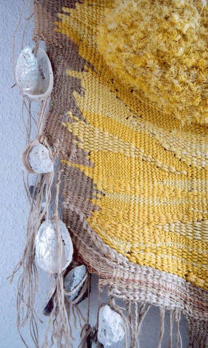 tapiz amarillo detalle